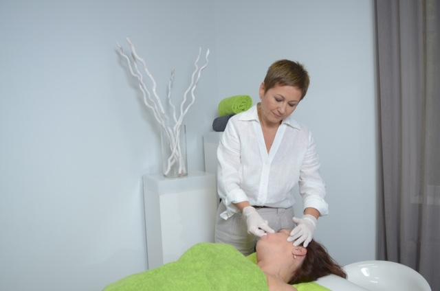 Лариса Витвинова проводит сплит-массаж
