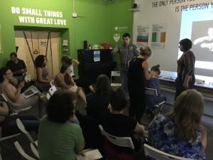 внимательные слушатели на лекции ФизиоТейп