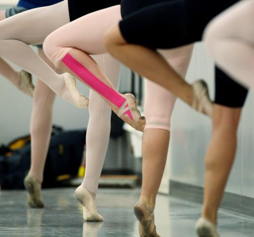 kinesio-taping-dancers