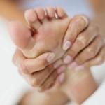 Лечение плоскостопия у взрослых с помощью кинезиотейпирования