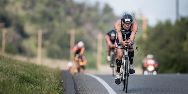 травмы при велоспорте, триатлон